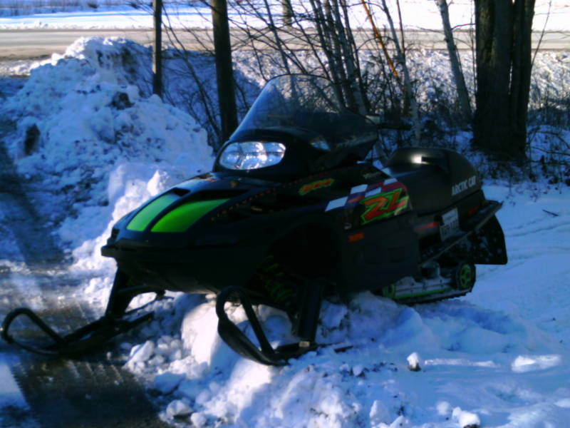 1998 ZL 500 Arctic Cat http://www.snowmobileforum.com/arctic-cat-snowmobiles/62367-1998-artic-cat-zl-500-help.html