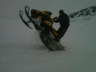 Snow!!-535778_10150782594252377_686457376_9616565_1775358893_n.jpg
