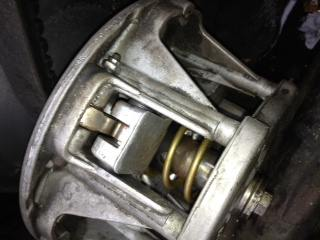 1985 Polaris Indy 400 bog-clutch-3.jpg