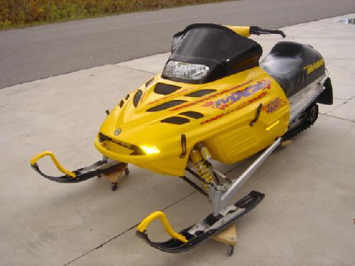 FS 2000 Ski Doo MxzX 440