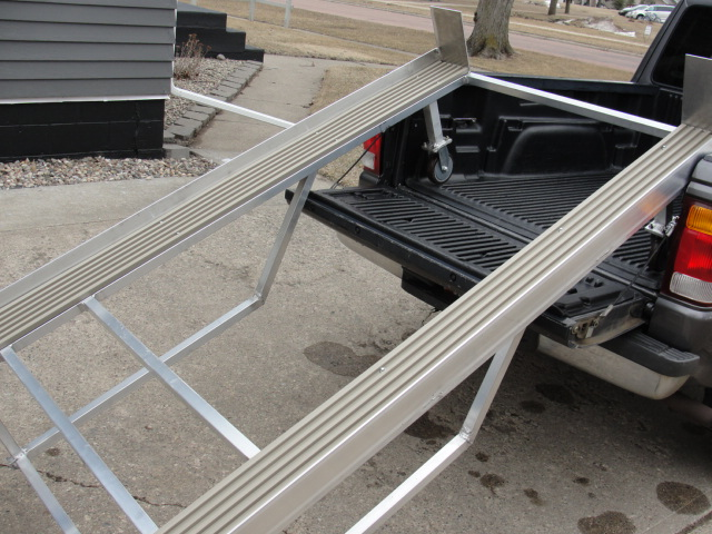Wanted to say thanks for ramp ideas.. - Snowmobile Forum ...