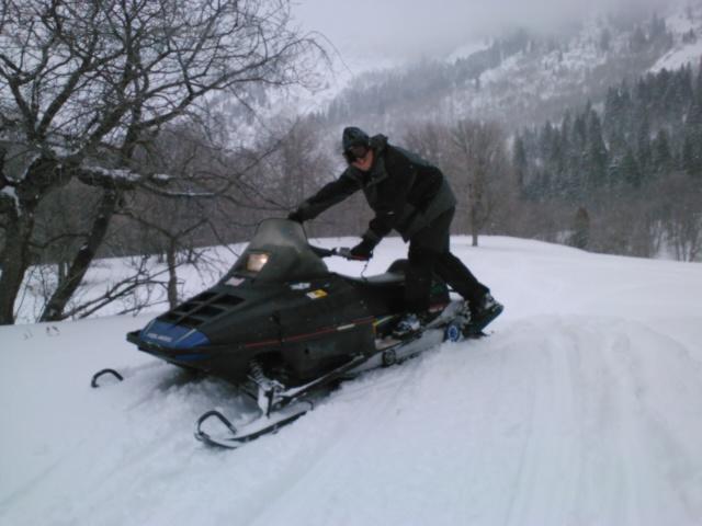 finaly got to go sleddin!-img160.jpg