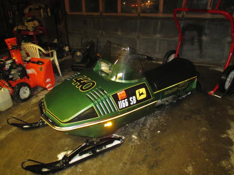 My John Deere >> Custom vintage Sleds ('99 or older) - Snowmobile Forum: Your #1 Snowmobile Forum