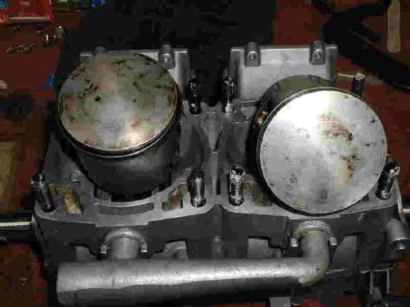 piston arrow-polaris-pistons.jpg