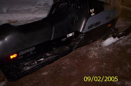 1990 skidoo safari 377-right.jpg