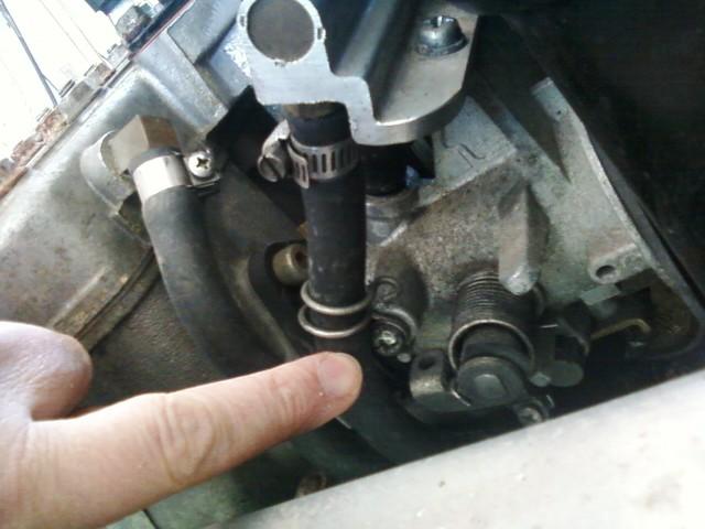 92 Indy 500 EFI help-wire-retainer.jpg